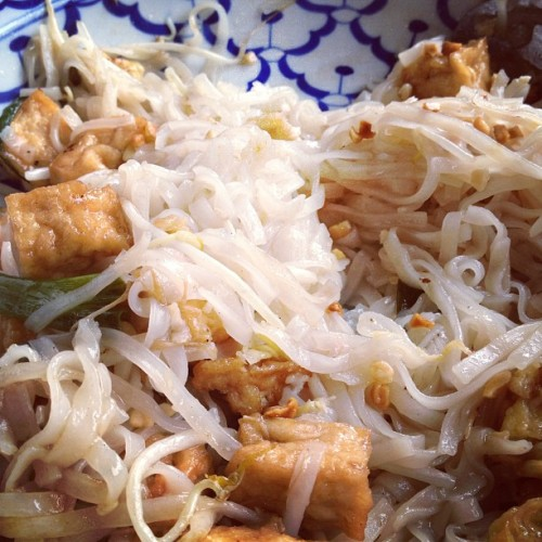 Pad Thai at Bankok Taste in Grand Rapids. Aroydee! (at Bangkok Taste Cuisine)