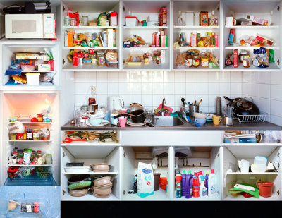 (via Erik Klein Wolterink: Kitchen Portraits examines the multicultural reality of kitchens (PHOTOS).)
