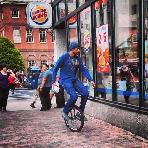 Unicycle Diaries. #hartford  (at Subway)