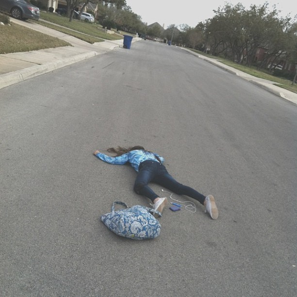 juicylouture:  now im lyin on the cold hard ground