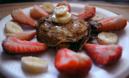 Sunday Gluten and Dairy-free banana pancakes: 1/4 cup of soy flour 1/2 of a Banana 1 cup of unsweetened almond milk (depending on desired consistency) 1 egg white All topped off with honey, the rest of of your banana and berries!