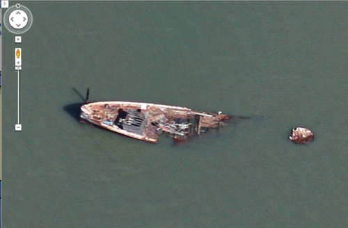 shipwreck (?!?) in the northern san francisco bay