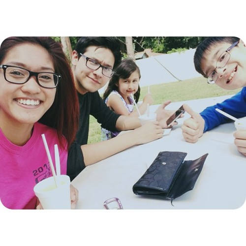 Snowcones with our siblings! 😘