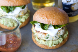 foodopia:  cheddar jalapeno chicken burgers with guacamole: recipe here