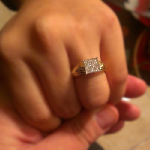 "She loved it. She said ""yes"" of course :) @famouzj @sherandtony @jonjonkickrockz @ed_g_ar @itsniddyguy @pflor008"