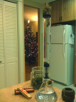 incredible-kush:  I love getting new glass