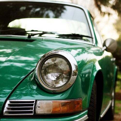 manchannel:  Porsche 911 Carrera Coupe