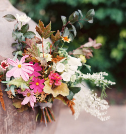 (via Fall Wedding Bouquets | Fall Wedding Flowers | Wedding Ideas Blog | Once Wed)