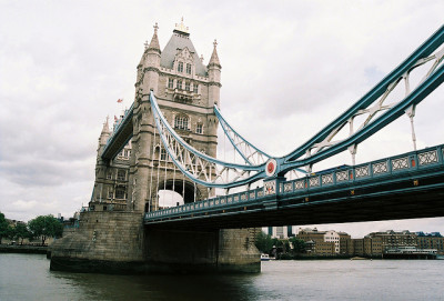 imperfectio:  tower bridge2 by bendisdonc on Flickr.