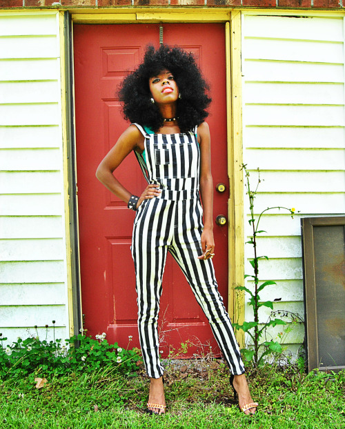 blackfashion:  Taylor, 19, NC Submitted by: http://smokah0ntas.tumblr.com , http://theskinnyfashionista.blogspot.com Instagram: taylormcfly