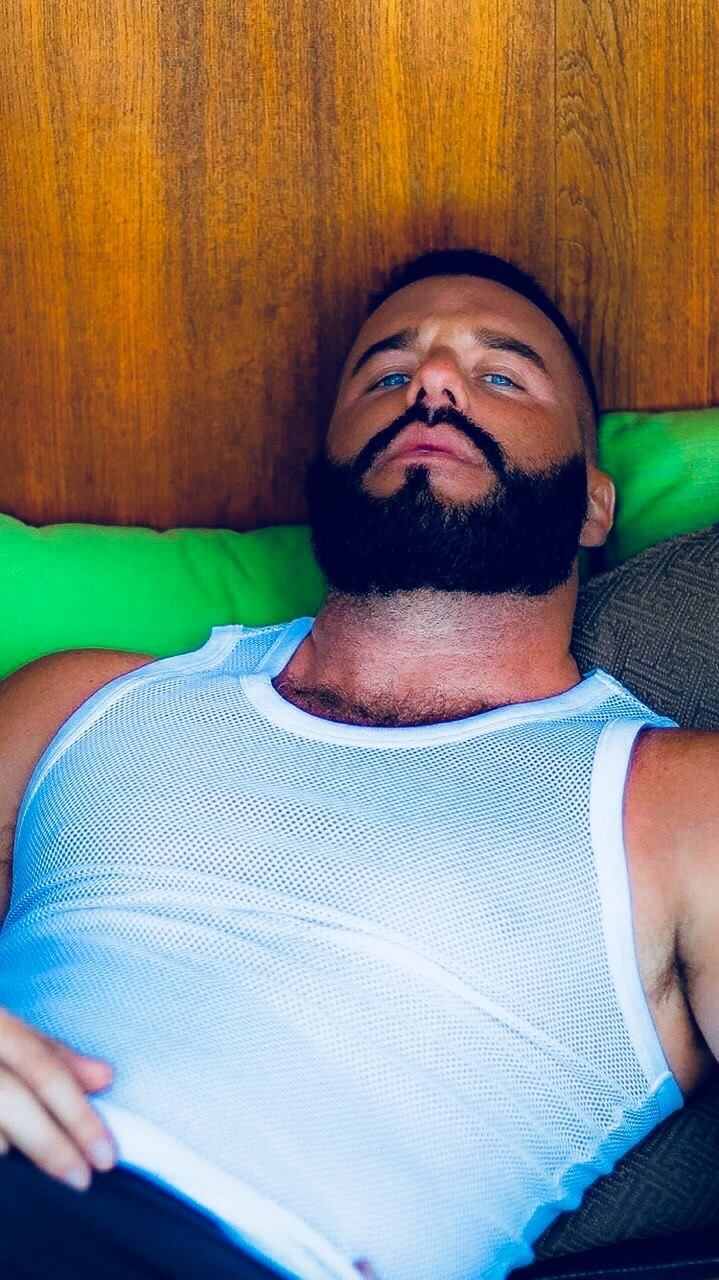 2019-01-02 20:19:38 - 172925877385 beardburnme http://www.neofic.com