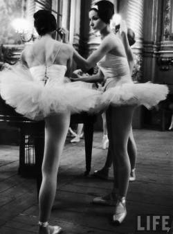 "lostsplendor:  ""Ballerinas practicing at Paris Opera ballet school."" Alfred Eisenstaedt, 1963 (via LIFE)"