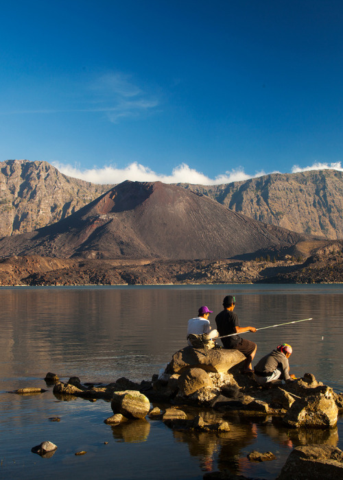 Fishing from the crater, Mount Rinjani, Lombok, West Nusa Tenggara, Indonesia. (by chrisd575)