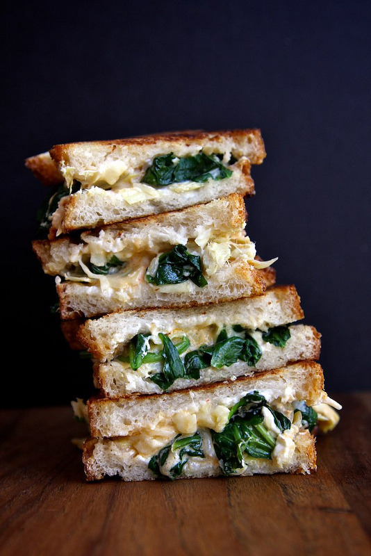 solodoloaltus:  spinach and artichoke grilled cheese sandwich.