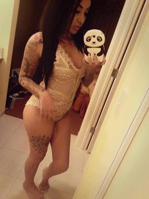 dopeshit-and-cutegirls:  Nini Smalls <3