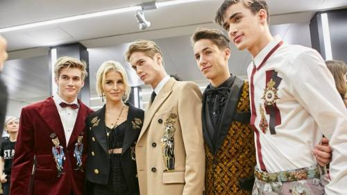 dolce & gabbana SPRING 2017 menswear Menswear Fashion fashion Backstage runway catwalk juanpa zurita Youtuber neels vissier
