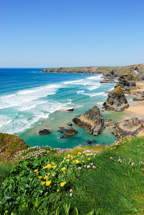 travelingcolors:  Bedruthan Steps, Cornwall | England (by Ian Percival)