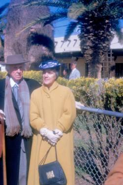 Frank and Olgivanna Lloyd Wright waiting at the airport to board a plane to Paris in 1952.Photo by Bruce Brooks Pfeiffer, the Frank Lloyd Wright Foundation Archives (The Museum of Modern Art | Avery Architectural & Fine Arts Library, Columbia University, New York).