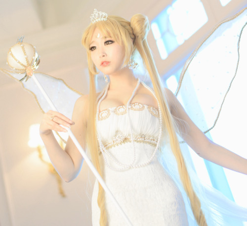 cosplayeverywhere:  Sailor Moon R (美少女戦士セーラームーンR) ~ Neo Queen Serenity (ネオ・クイーン・セレニティ) 1, 2, 3, 4, 5.