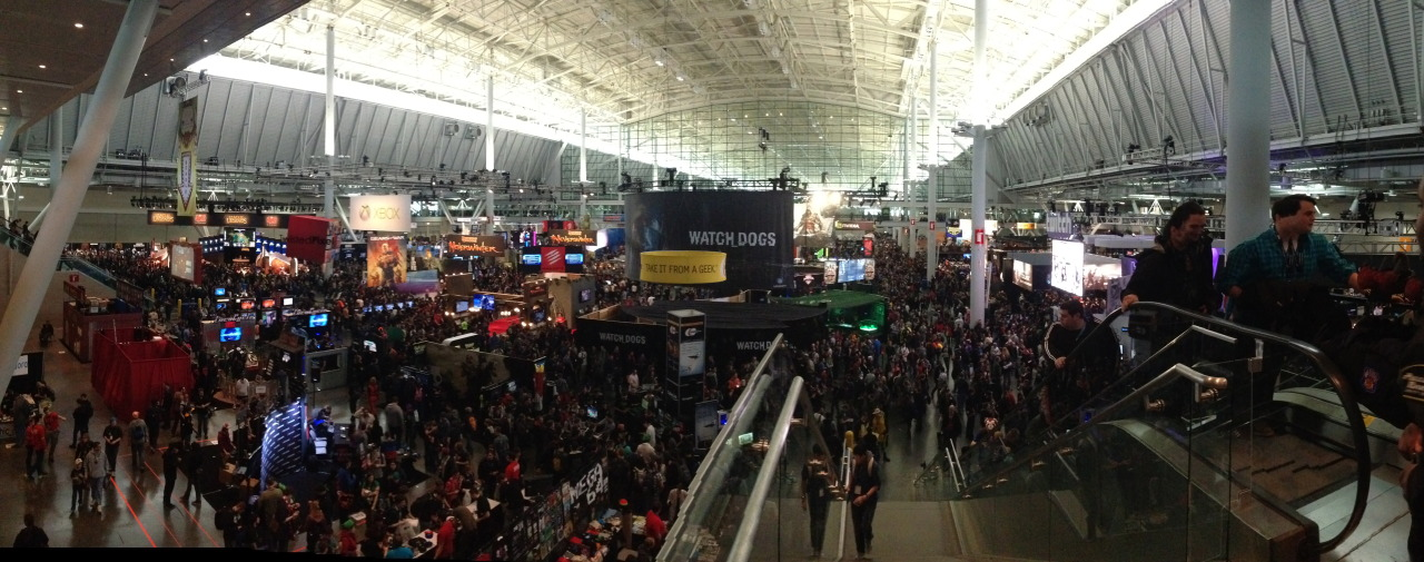 Welcome to PAX East: panorama shot of Exhibition floor