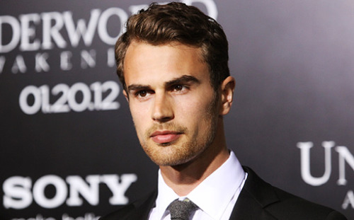 in-pursuit-of-a-great-perhaps:  Ladies and gentlemen, Theo James is officially playing Four in Divergent.