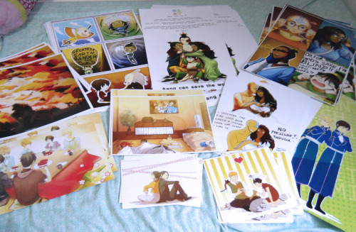 Most of my prints came in today~! (The rest come in tomorrow. Yeah. 2 days before the con. #livinglifeondaedge) fellow congoers, have you started packing yet?