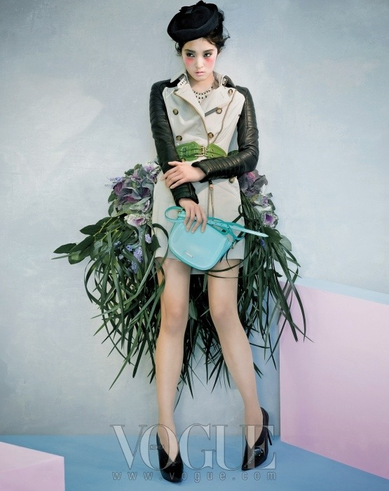 koreanmodel:  Kang So Young by Oh Sang Sun for Vogue Korea fEB 2011