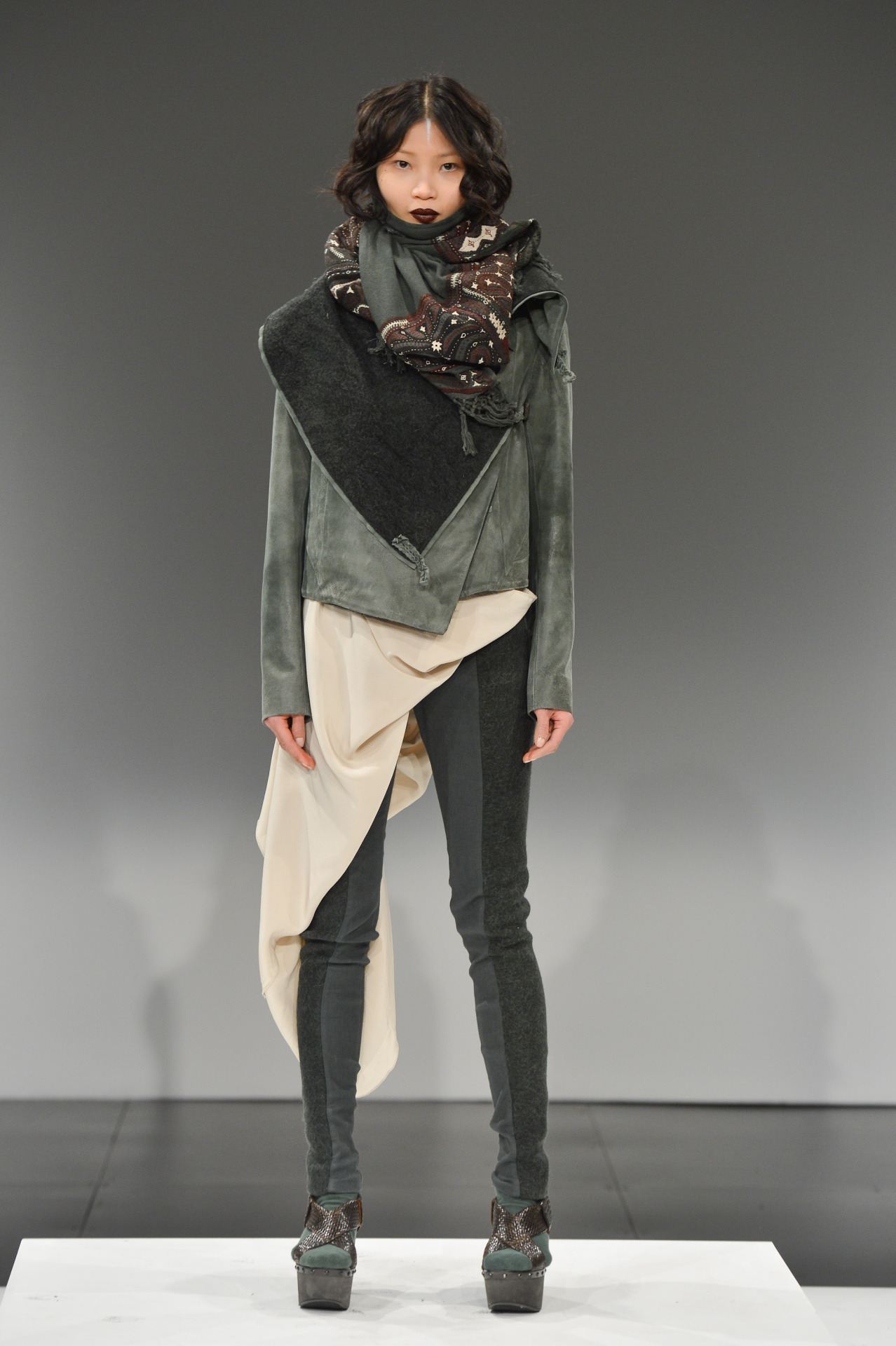 Laura Siegel at Toronto Fashion Week - Fall 2013 / Photographer: George Pimentel See the latest from Canada's capital of fashion.