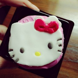 #cake #cupcake #sweet #hellokitty #cute #food