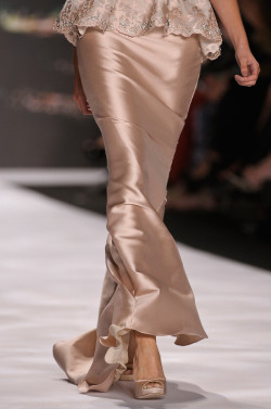 girlannachronism:  Badgley Mischka spring 2013 rtw details