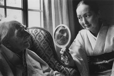 Balthus and Setsuko, 2000 -by Duane Michals iamjapanese:  i12bent:  Duane Michals: Balthus & Setsuko, 2000