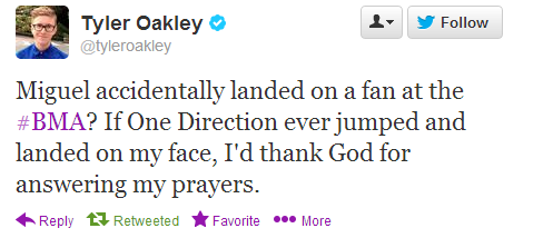 kissmeyoufool-harrystyles:  why I love Tyler Oakley