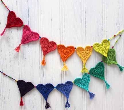 bunting crochet love heart heart DIY how to crochet for charity children charity love little hearts matter planet penny pattern