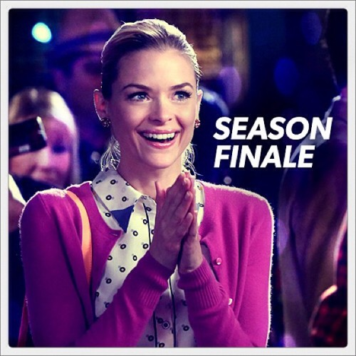 cwnetwork:  #HartofDixie season finale TOMORROW at 8/7c!  We've never seen Lemon so happy! Does this have anything to do with tomorrow night's 'Hart of Dixie' season finale? Hmmm, there's only one way to find out… We'll catch you tomorrow night on Twitter and Tumblr with #HartofDixie!