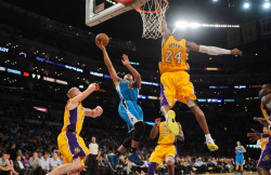 kobebeanbryant:  Kobe Bryant rises to block Eric Gordon's shot. 34 years and still kicking. Amazing shot.