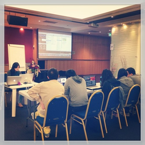 Our 3rd session with ms. @gladyshassa about #editing with #iMovie #rmp #workshop #rocksydney