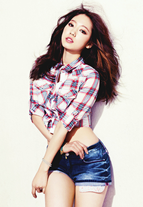 Park Shin Hye for JAMBANGEE