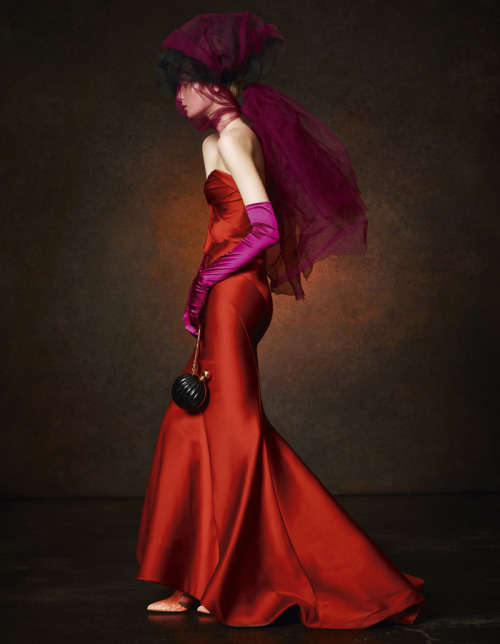 sexyqueen:  Zac Posen Red Dress