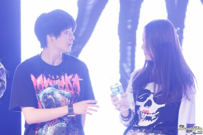 kryberpalace:  [KryberPalace] 130516 KryBer and the bottle ❤ cr; luntopia