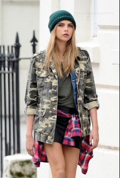 thecaradelevingne:  on the set of Pepe Jeans in London #1