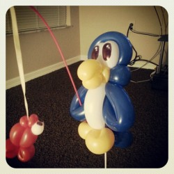 #balloonanimals from #yourballoonman at #ytetampa. #fishing #penguin with #balloonstraws (at Your Total Entertainment)