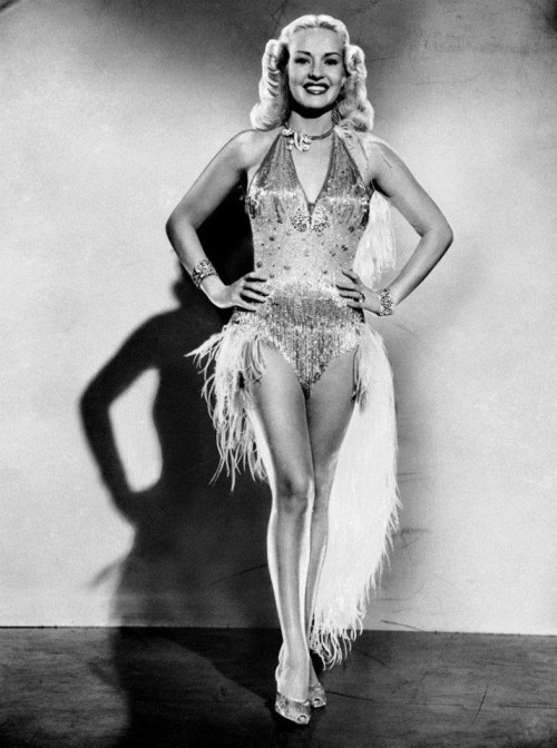 theladyingenue:  Betty Grable 1940's