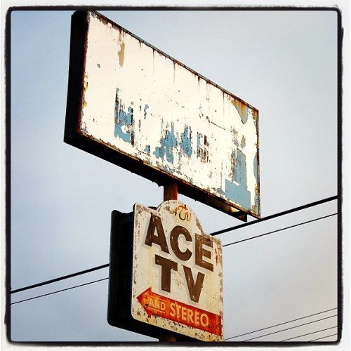 Ace TV                                     #pugetsound #signage #auburnwa #abandoned #pacificnw