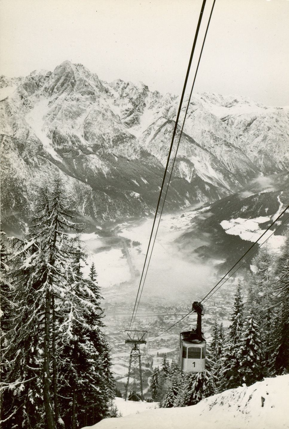 The Zettersfeld ski area in Lienz, Austria, 1958.