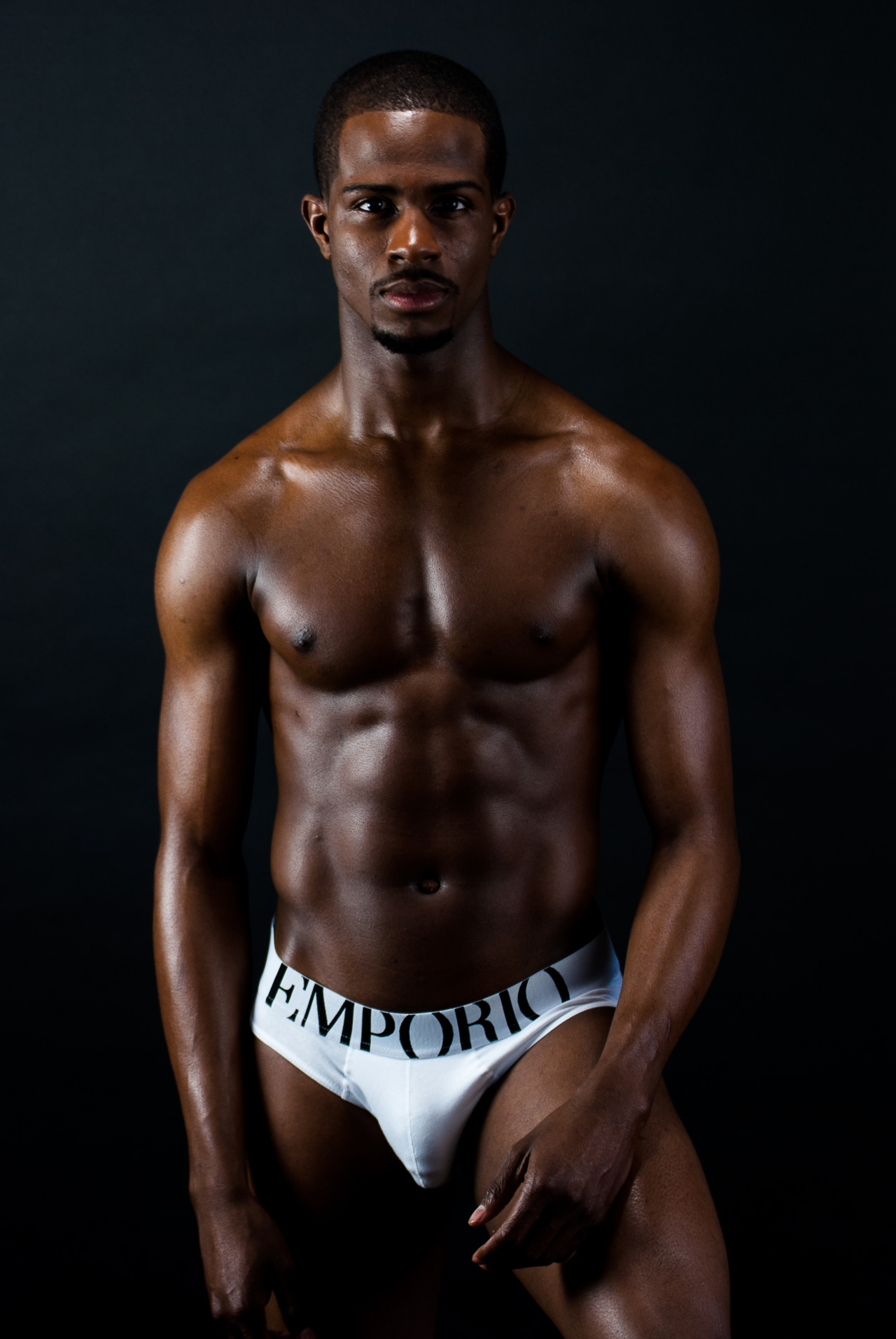 hombres negros gay sexaudition