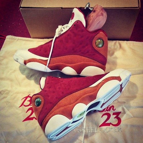 "#SkeeLocker 098/365: Air Jordan XIII ""Bin 23"" Premio. For day 98, lets take it back to the Jordan model from 98, with a twist. Limited to 1,734 pairs worldwide when these dropped a few years ago, the Premio collection features unreleased concept colors with extremely high quality material (complete with the wood inserts and Bin 23 bags). Quality wise the best #AJ13 you'll ever find & one of my fav J's ever w/a crazy desert clay color scheme"