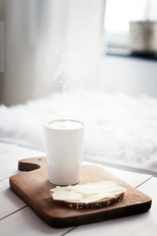 thatcoffeehouse:  The perfect breakfast. Source (x)
