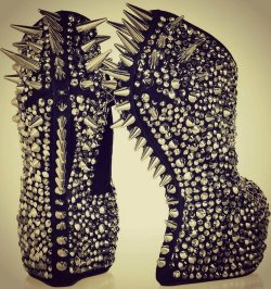 exo-exo-gossip-girl-nicki:  Giuseppe Zanotti Shoes on We Heart It. http://weheartit.com/entry/47425985/via/mattumonster