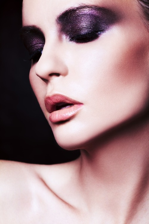 make-up-is-an-art:  Beauty by Sebastian Lang
