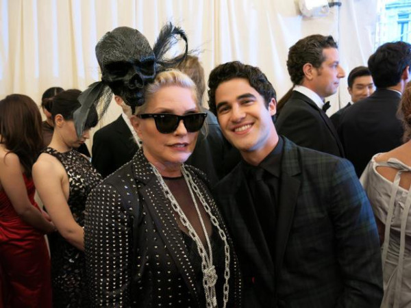 Debbie Harry & Darren Criss at the 2013 Met Gala. [Source]